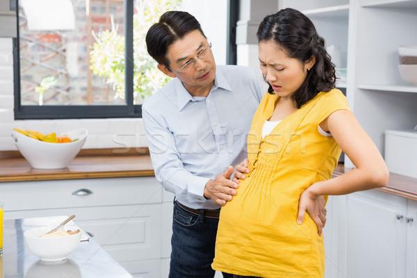 Férj elvesz törődés terhes feleség hát Stock fotó © wavebreak_media