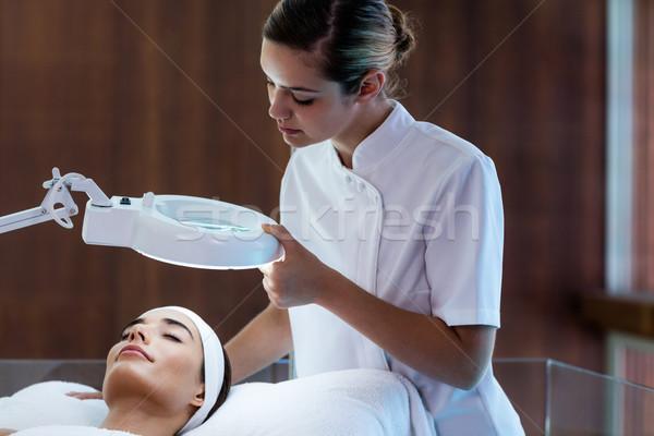 女性マッサージ師 見える 女性の顔 スパ 女性 男 ストックフォト © wavebreak_media