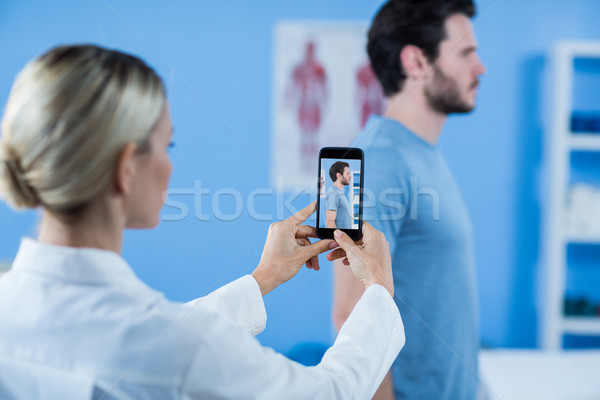 写真 男性 患者 クリニック 女性 男 ストックフォト © wavebreak_media