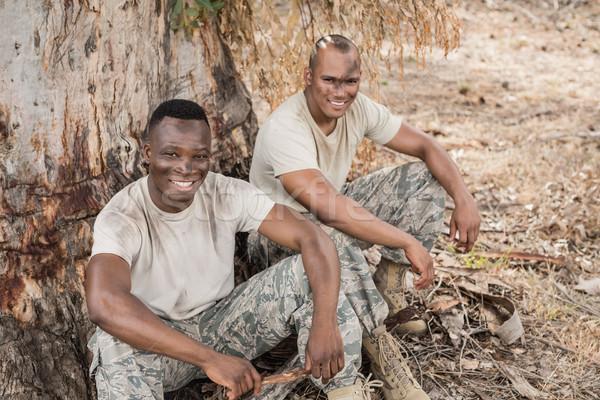 Portré katonaság katonák megnyugtató akadály képzés Stock fotó © wavebreak_media