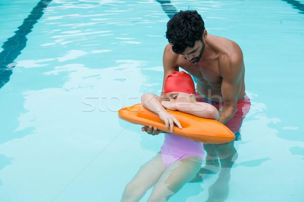 Salvavidas nina piscina hombre nino nino Foto stock © wavebreak_media