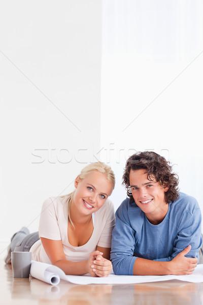 Portré pár mozog új ház padló mosoly Stock fotó © wavebreak_media