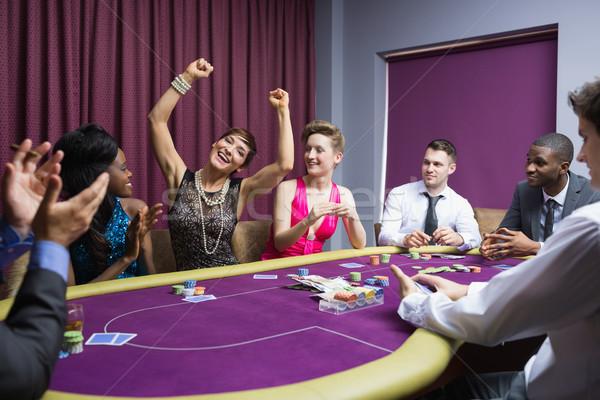 Menschen Jubel poker Tabelle Hand Mann Stock foto © wavebreak_media