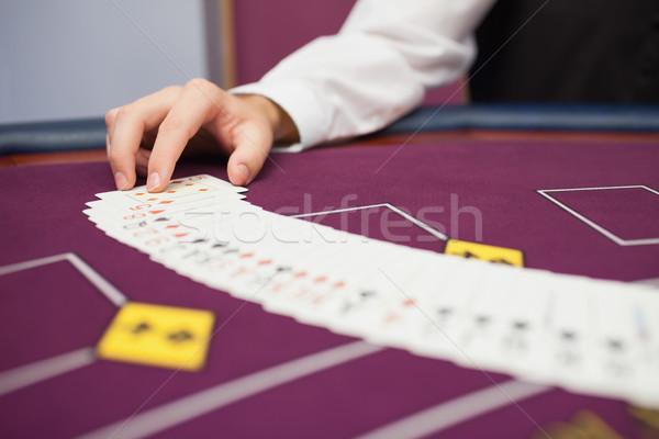 Satıcı güverte poker oyun kumarhane oyunları Stok fotoğraf © wavebreak_media