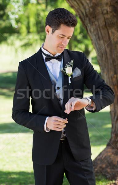 Lo sposo tempo giardino giovani bello uomo Foto d'archivio © wavebreak_media