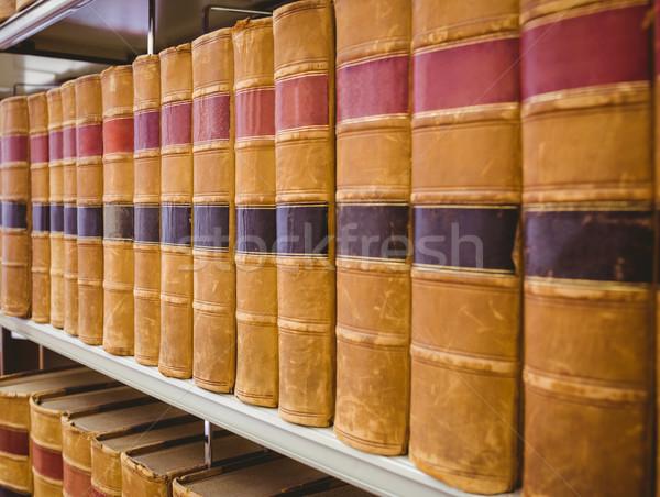 Plataforma edad libros biblioteca libro Foto stock © wavebreak_media