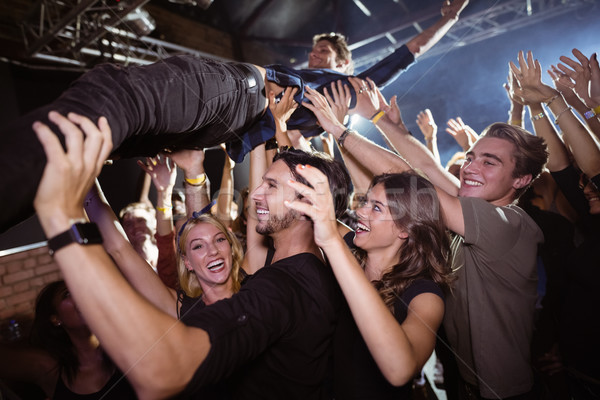 Vrolijk menigte mannelijke discotheek Stockfoto © wavebreak_media