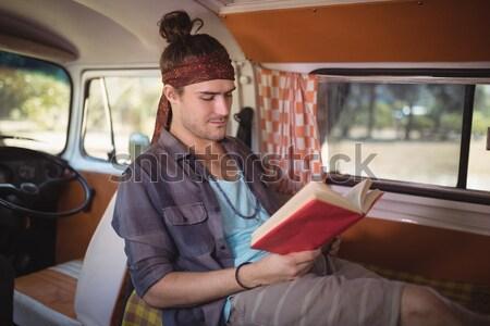 Zamyślony człowiek van młody człowiek posiedzenia Zdjęcia stock © wavebreak_media