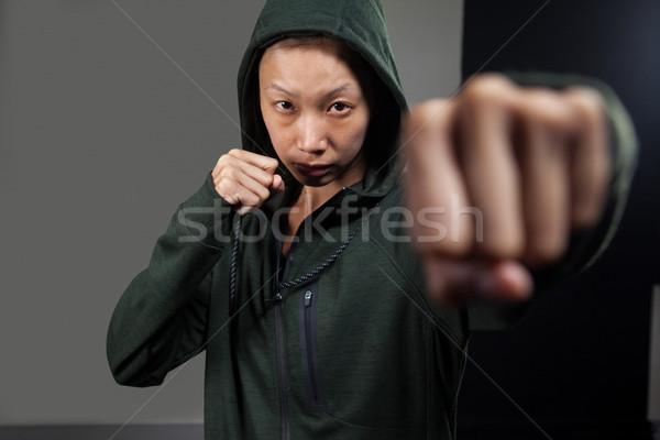 Determinado mulher boxe fitness estúdio Foto stock © wavebreak_media