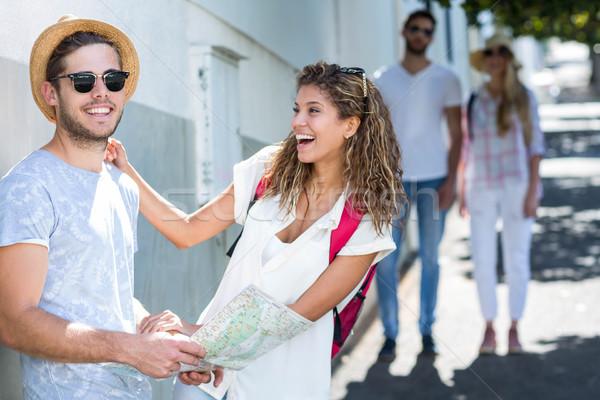 Biodro para Pokaż śmiechem ulicy Zdjęcia stock © wavebreak_media
