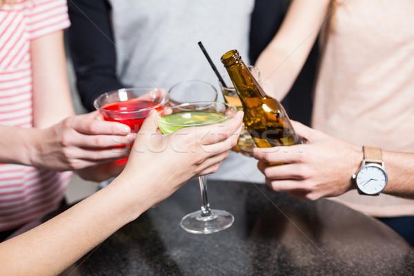 группа друзей пива коктейли ночном клубе Сток-фото © wavebreak_media