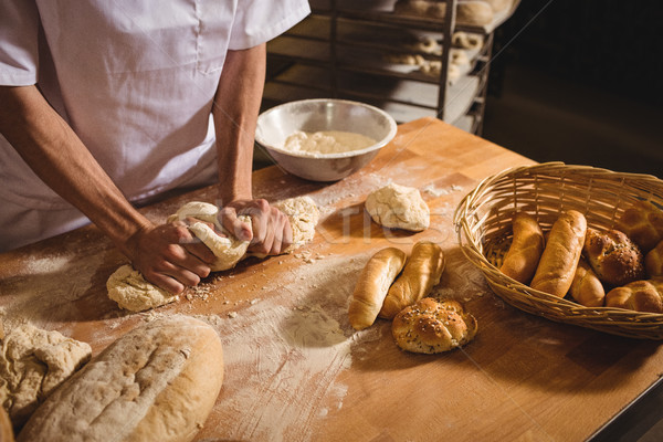 Pék dagasztás pékség bolt nő kenyér Stock fotó © wavebreak_media