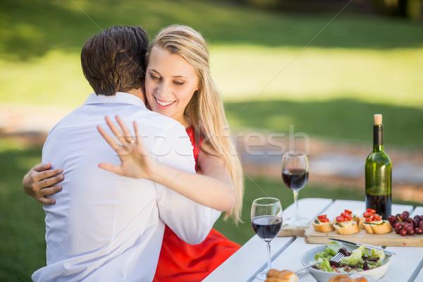 Mulher olhando anel homem bela mulher Foto stock © wavebreak_media