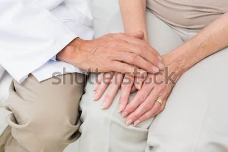 Jeune femme massage chambre main homme corps Photo stock © wavebreak_media