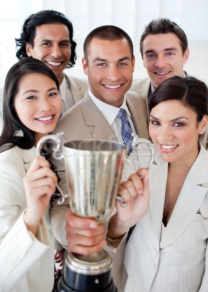 Udany zespół firmy trofeum sukces kobieta Zdjęcia stock © wavebreak_media