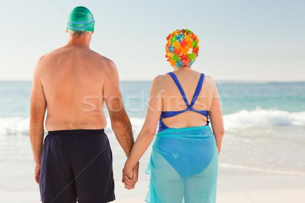 Plaj kadın kız gülümseme spor Stok fotoğraf © wavebreak_media