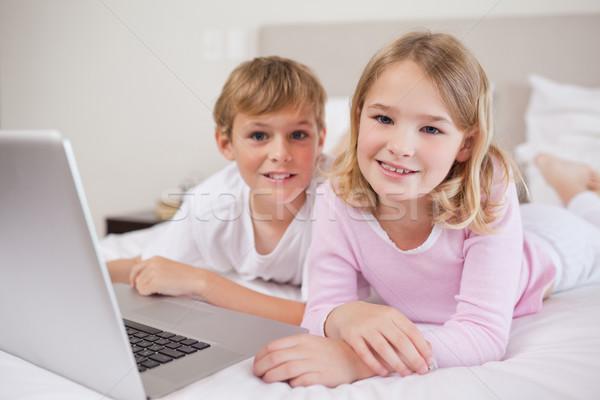 Cute kinderen notebook slaapkamer home laptop Stockfoto © wavebreak_media