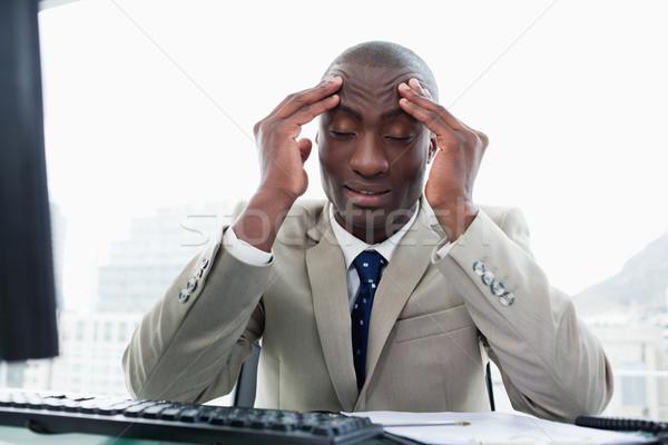 Kimerült vállalkozó dolgozik számítógép iroda férfi Stock fotó © wavebreak_media