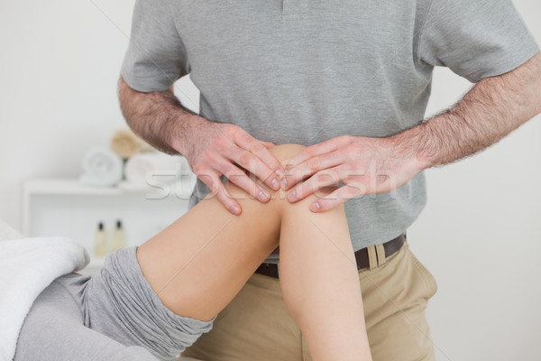 女性 脚 折られた 男 膝 ストックフォト © wavebreak_media