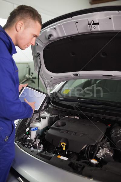 Foto stock: Mecánico · pruebas · motor · garaje · coche