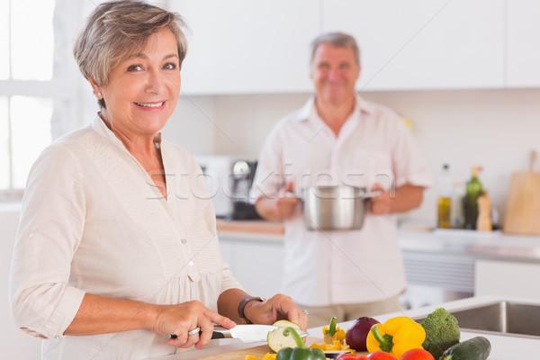 Casal velho sorridente cozinha mulher casa Foto stock © wavebreak_media