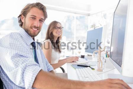 Vonzó designer munka kolléga mögött nő Stock fotó © wavebreak_media
