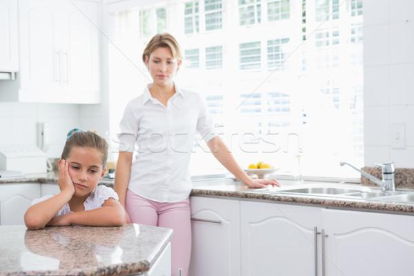 Madre hija argumento casa cocina mujer Foto stock © wavebreak_media