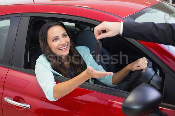 ビジネスマン 車のキー 新しい車 ショールーム 車 ストックフォト © wavebreak_media