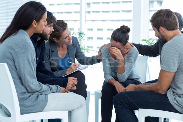 Reconfortante outro reabilitação grupo terapia homem Foto stock © wavebreak_media
