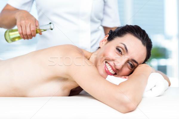 Uśmiechnięta kobieta aromaterapia leczenie zdrowych spa kobieta Zdjęcia stock © wavebreak_media