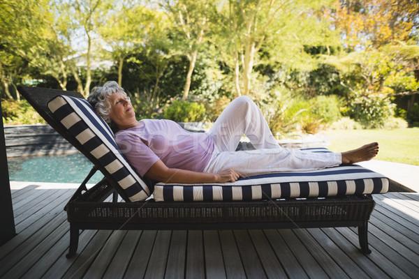 Senior donna riposo lounge sedia Foto d'archivio © wavebreak_media