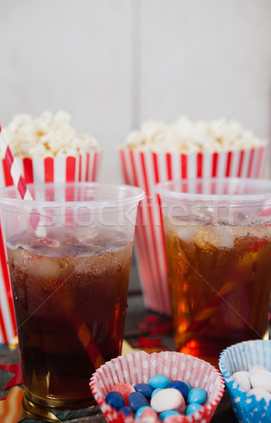 Popcorn banketbakkerij drinken fles Stockfoto © wavebreak_media
