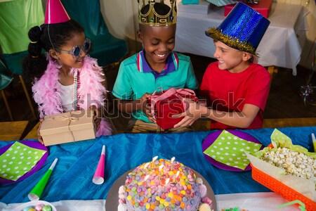 Barátok egyéb születésnapi buli otthon lány buli Stock fotó © wavebreak_media