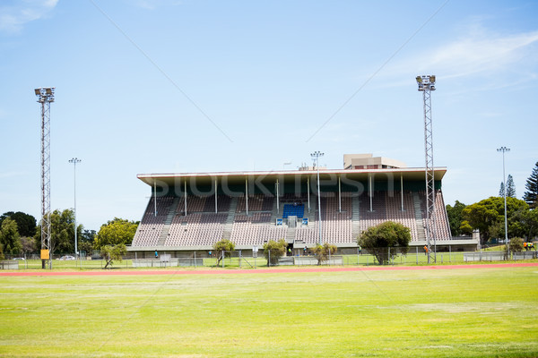 Vue sport stade ciel bleu ciel vert Photo stock © wavebreak_media