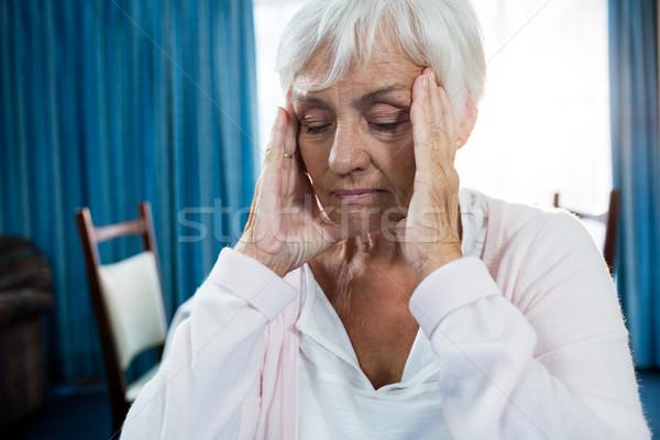 Jubilado dolor de cabeza casa mujer salud Foto stock © wavebreak_media