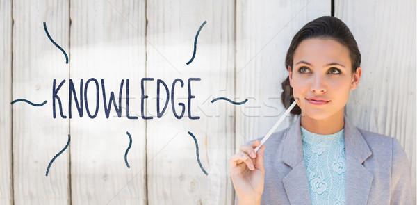 知識 スタイリッシュ ブルネット 思考 笑みを浮かべて ビジネス ストックフォト © wavebreak_media