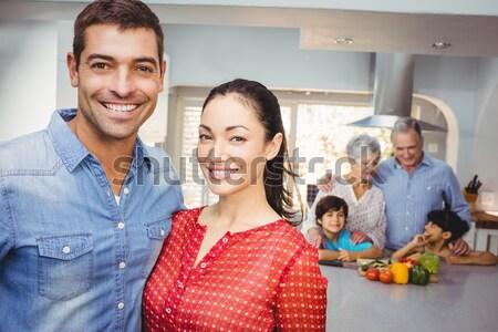 Famiglia ragazza sorriso felice Foto d'archivio © wavebreak_media
