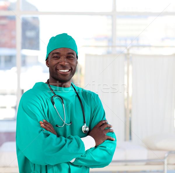 Ritratto chirurgo sorridere fotocamera ospedale sorriso Foto d'archivio © wavebreak_media