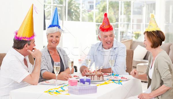 Senioren Geburtstag home Frau Hintergrund Kuchen Stock foto © wavebreak_media