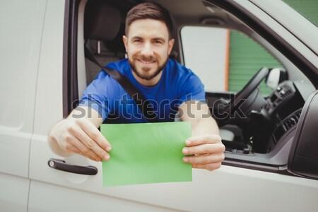 Człowiek uśmiechnięty serwera utrzymanie piętrze pracy Zdjęcia stock © wavebreak_media