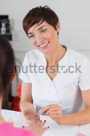Nő keresztbe tett kar recepció manikűrös portré fiatal nő Stock fotó © wavebreak_media