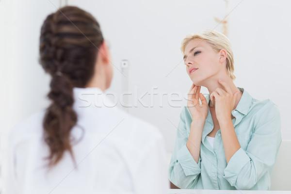 Beteg torokfájás orvos orvosi iroda nő Stock fotó © wavebreak_media