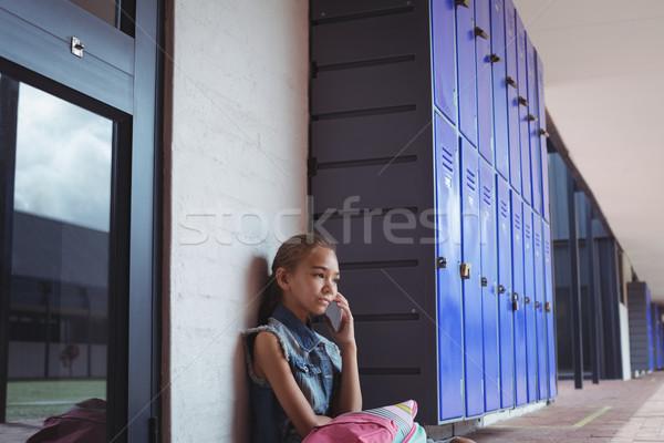 Elementar aluna falante telefone móvel sessão escolas Foto stock © wavebreak_media