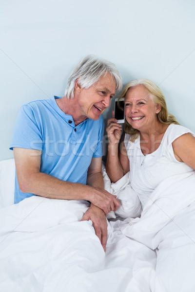 Mutlu emekli çift oturma Stok fotoğraf © wavebreak_media
