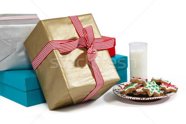 Lait aliments sucrés plaque cadeau blanche Photo stock © wavebreak_media