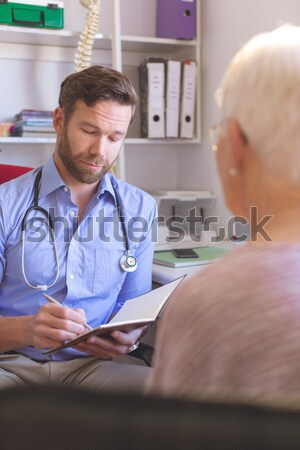 женщины врач кровяное давление пациент больницу женщину Сток-фото © wavebreak_media