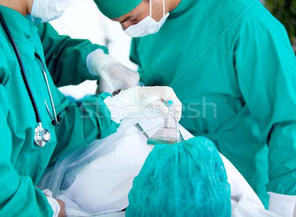 медицинской команда оборудование пациент больницу человека Сток-фото © wavebreak_media
