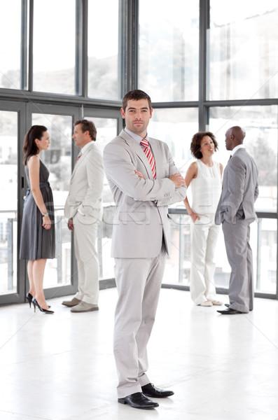 Stockfoto: Portret · charismatische · manager · leidend · team · kantoor