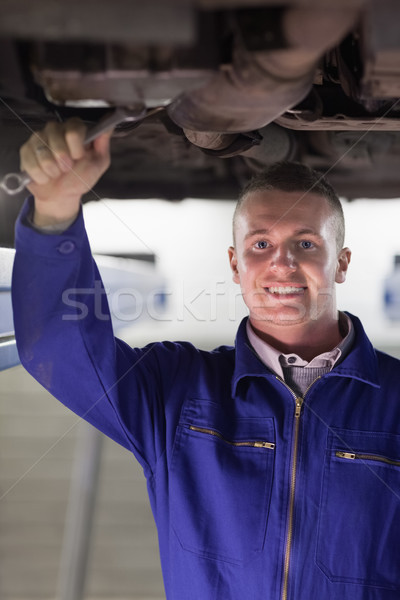 Gülen mekanik tamir altında araba Stok fotoğraf © wavebreak_media