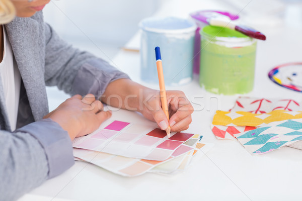 Joli architecte d'intérieur dessin couleur bureau Photo stock © wavebreak_media